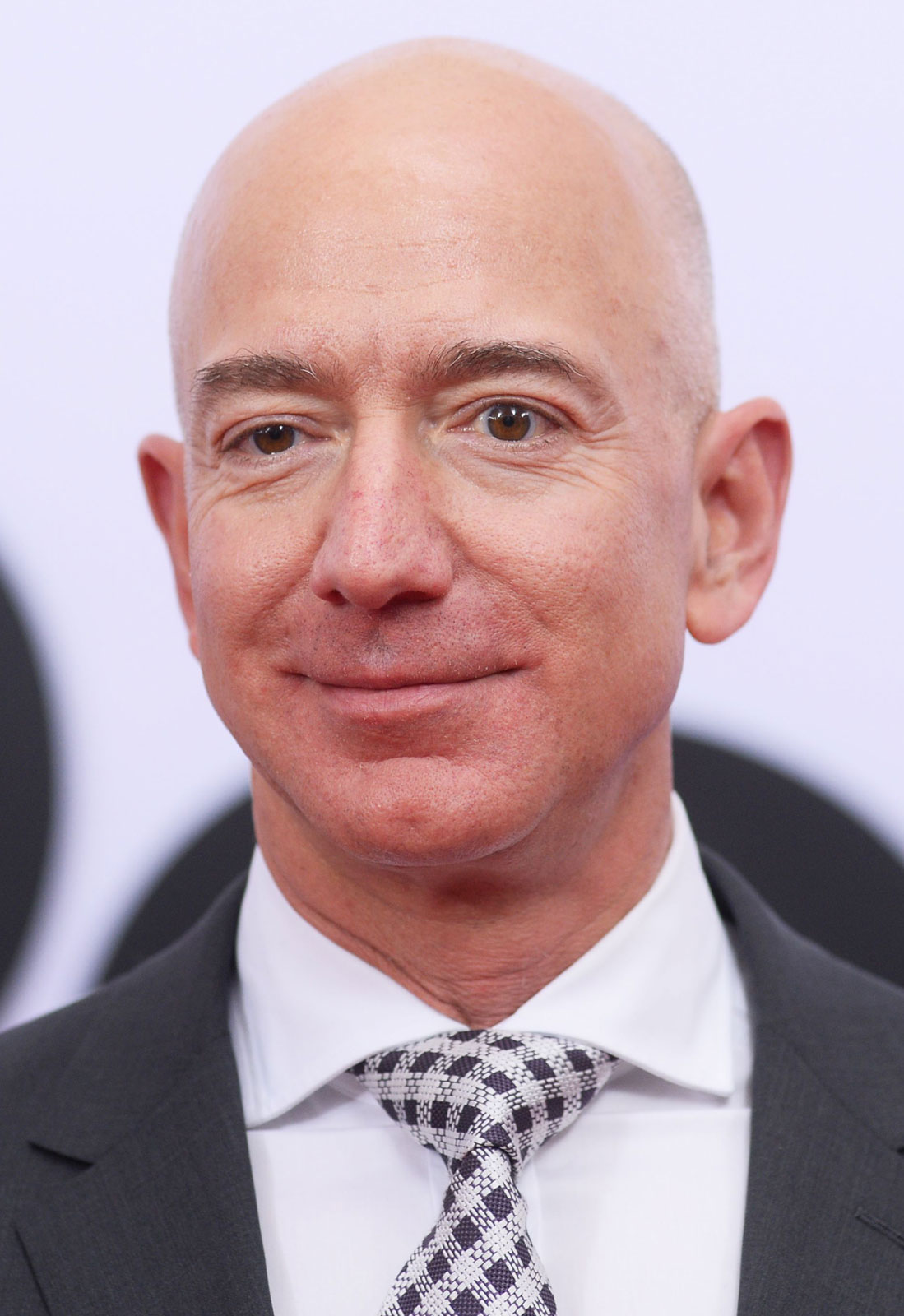 Jeff-Bezos-2017.png